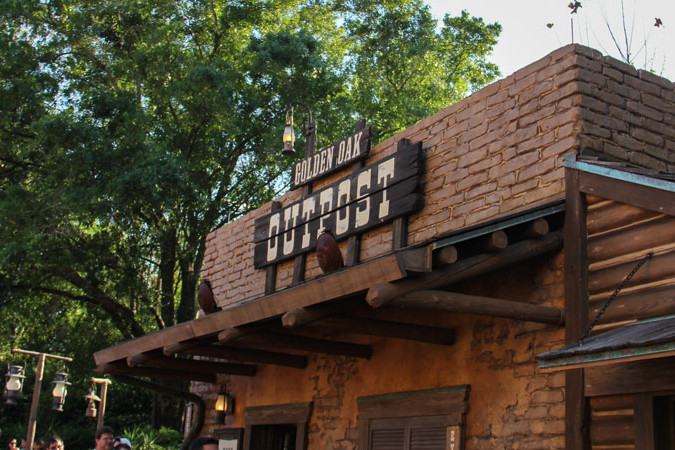Golden Oak Outpost - Magic Kingdom Dining