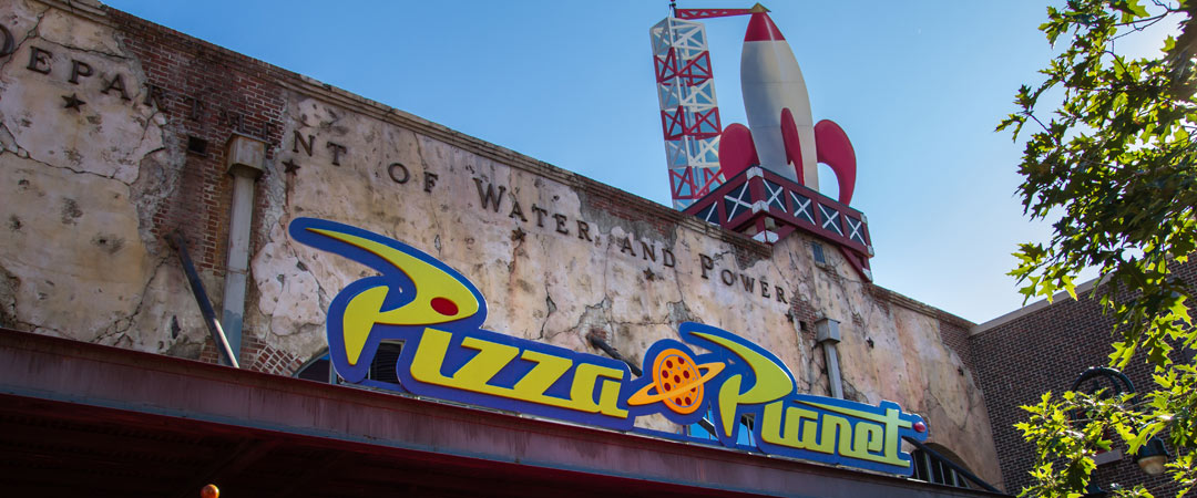 pizza planet arcade hollywood studios