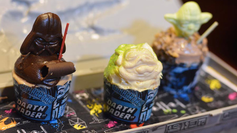 Trio of Star Wars Mini Cupcakes - Rebel Hangar: A Star Wars Lounge Experience