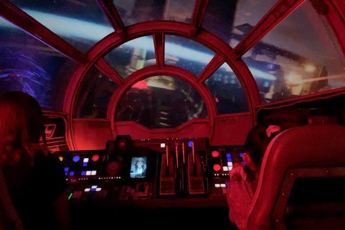 Millennium Falcon Smugglers Run Ride Guide