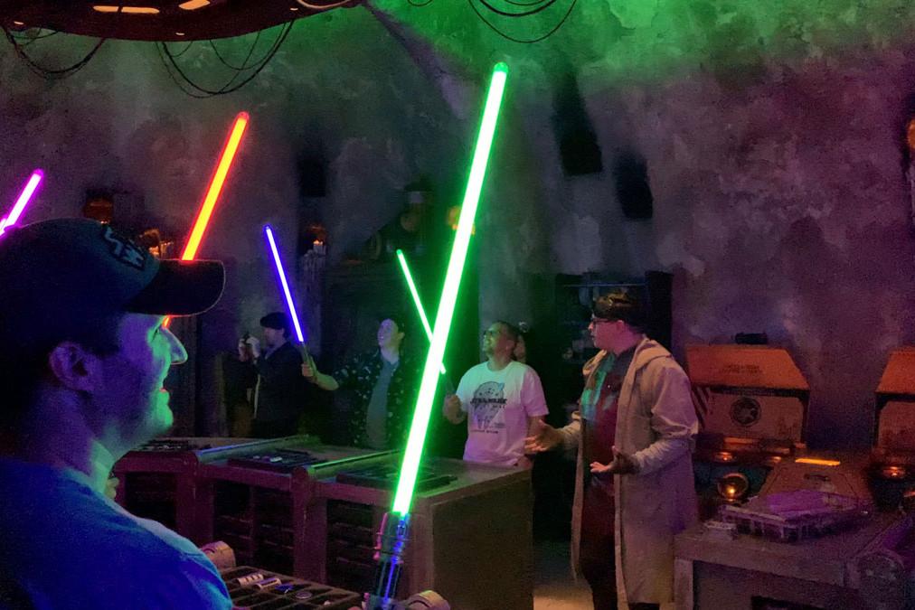 Savi's Lightsaber Reveal - Star Wars Galaxy's Edge